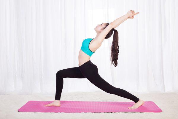 Những bài tập yoga đơn giản tại nhà cho người mới bắt đầu